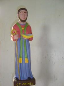 Statue moche de Saint-Primaël.